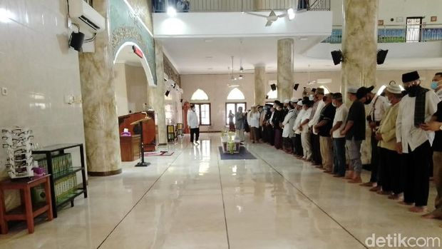 Pemakaman Fadly Satrianto (Faiq Azmi/detikcom)