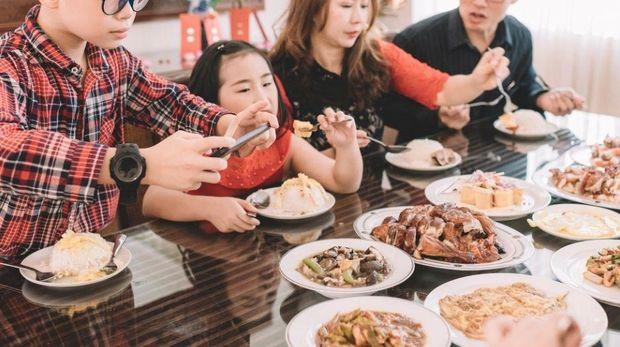 Rebutan Makan Bareng Anak, Pasangan Ini Menyelesaikan di Pengadilan