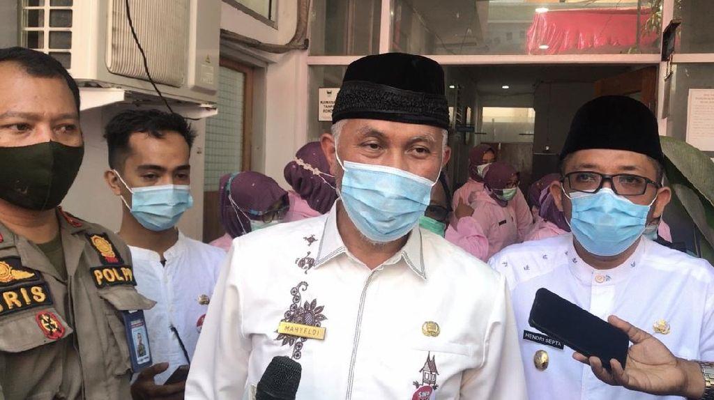 Tensi Tinggi, Wali Kota Padang Batal Disuntik Vaksin Covid-19