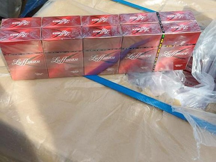 Barang bukti kasus penyelundupan rokok ilegal yang tewaskan pengusaha di Kepri