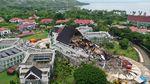 Terkini! Foto-foto Dampak Gempa Bumi di Mamuju