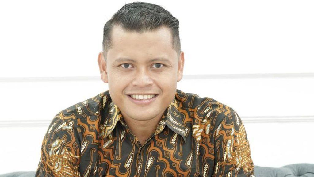 Ini Dia Hendi, Komika yang Dilantik Jadi Wakil Rektor Unnes
