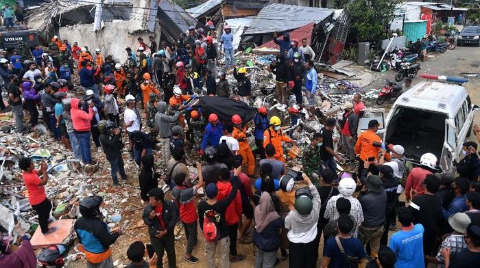 Korban meninggal dunia imbas gempa Majane dan Mamuju Sulawesi Barat hingga saat ini berjumlah 46 orang. 862 lainnya mengalami luka-luka.