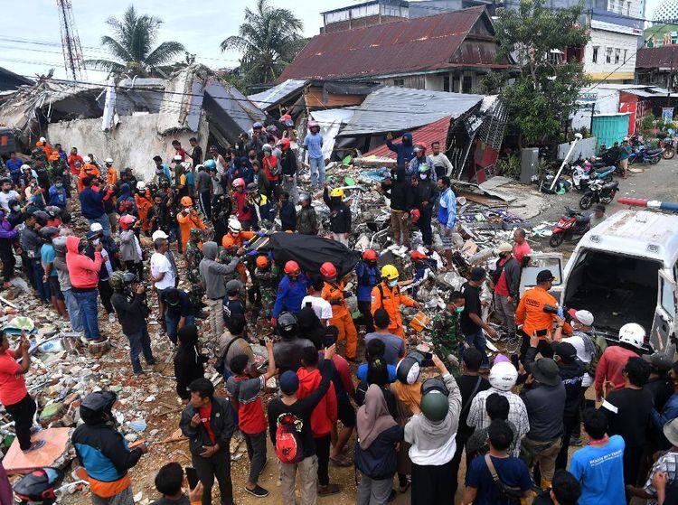 Korban Meninggal Dunia Gempa Majane-Mamuju Mencapai 46 Orang