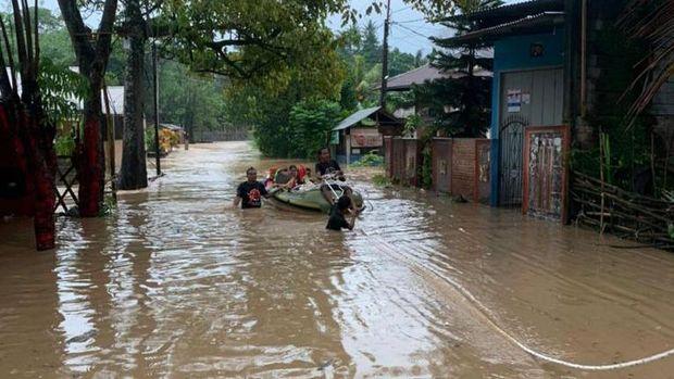 Banjir dan tanah longsor terjang Kota Manado