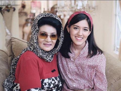 Ify Alyssa dan neneknya Farida Pasha