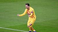 Lionel Messi si Pelayan Barcelona