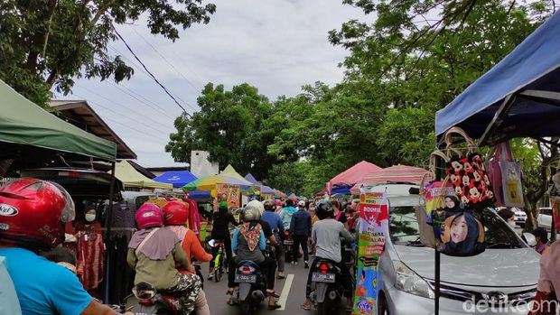 Pasar Jalan Ponti Sidoarjo (Suparno/detikcom)