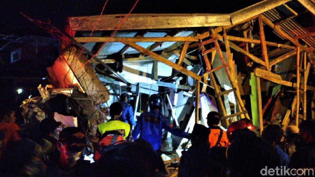 Penampakan Pondok Pesantren yang Ambruk di Cianjur