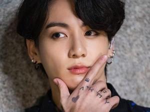 15 Arti Tato Jungkook BTS yang Bikin Fans Pro dan Kontra