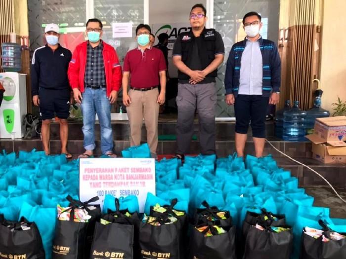 PT Bank Tabungan Negara (Persero) Tbk memberikan bantuan kepada korban banjir di Kalimantan Selatan. Bantuan diserahkan ke posko-posko banjir di sana.