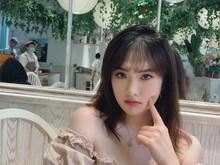 Debut Jadi Artis, Putri Pendiri Huawei Dikritik Netizen