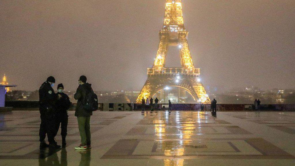 Prancis Terapkan Jam Malam untuk Tekan Corona, Austria Perpanjang Lockdown