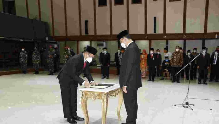 Gubernur DKI Jakarta Anies Baswedan melantik Marullah Matali sebagai Sekda DKI