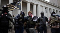Ramai Demonstran Bersenjata di AS, FBI Sudah Ingatkan Jauh-jauh Hari