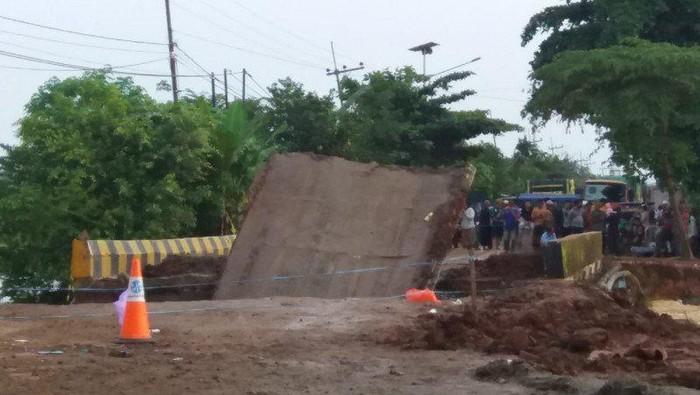 Jembatan Mataraman di Trans Kalsel-Kaltim kembali putus. (ANTARA/HO-Aspri)