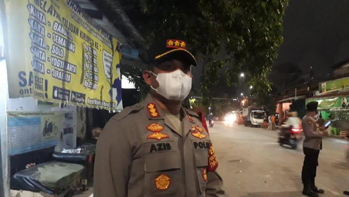 Kapolres Jaksel Kombes Azis Andriansyah mengecek ke lokasi tawuran di Manggarai