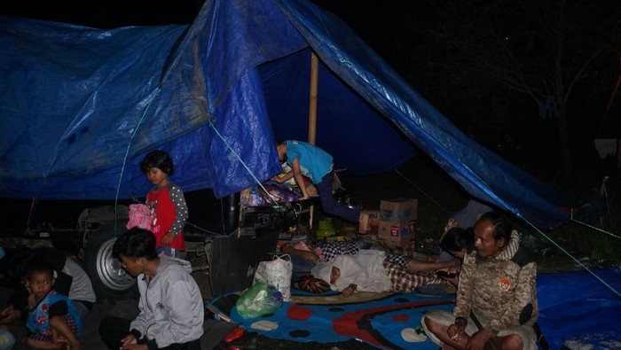 Kondisi Tenda-tenda Pengungsian Korban Gempa Majene