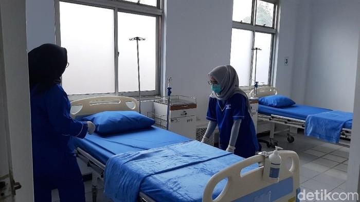 Penampakan rumah sakit lapangan untuk penanganan pasien Corona di Bogor