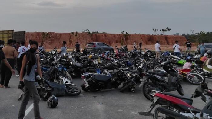 Ratusan kendaraan terjaring razia balap liar di Pekanbaru (dok. Istimewa))