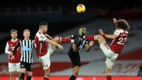 Arsenal Vs Newcastle Tanpa Gol di Babak I