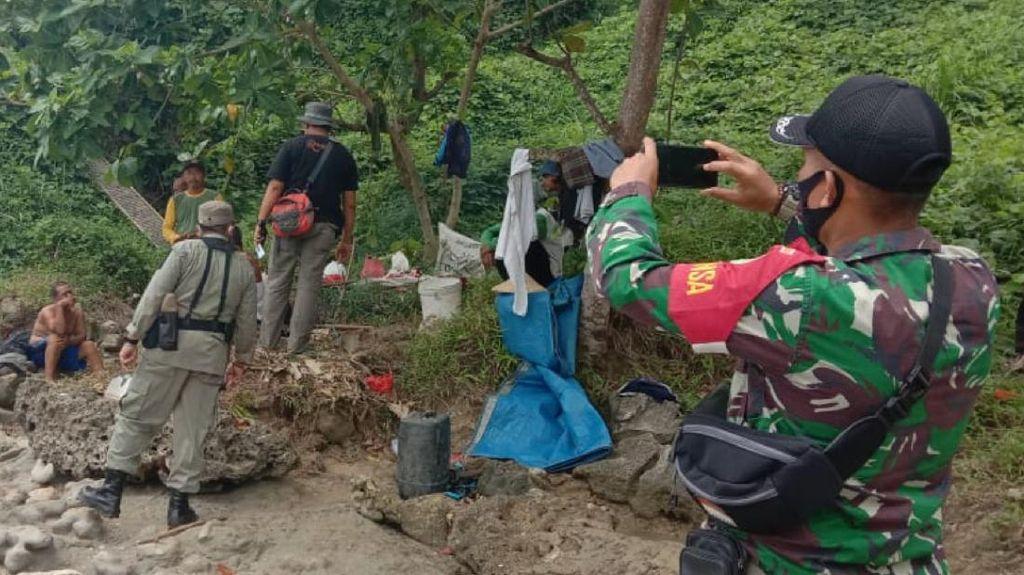 Aparat Gerebek Tambang Emas Ilegal di Pesisir Pantai Sukabumi