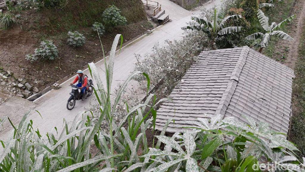 BPBD: Hujan Abu Gunung Merapi Guyur 3 Kecamatan Boyolali