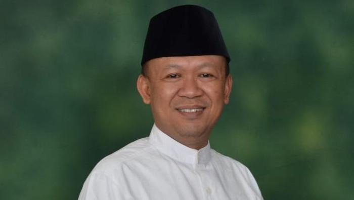 Ketua Umum Jamaah Yasin Nusantara Idham Cholid