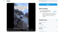 TikTokers Ini Panen Hujatan Gara-gara Memotret Mobil di Tengah Rel Kereta