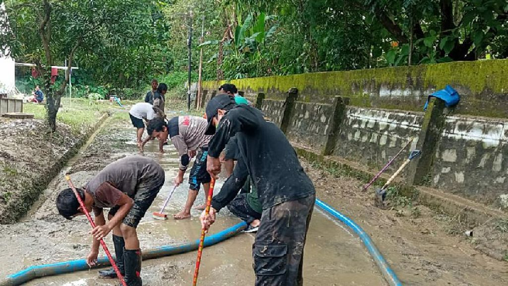 Pemkot Semarang Tangani Genangan & Longsor Akibat Curah Hujan Tinggi