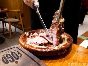 Fogo: Makan BBQ Brasil Juicy Sepuasnya Rp 125 Ribu