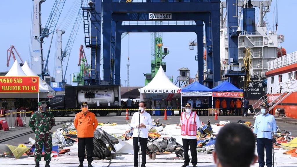 Jokowi Minta Jasa Raharja Segera Selesaikan Santunan ke Korban SJ182