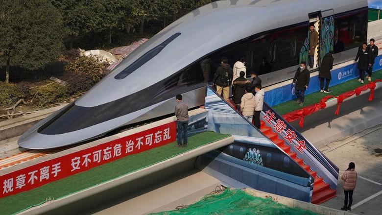 Kereta maglev China