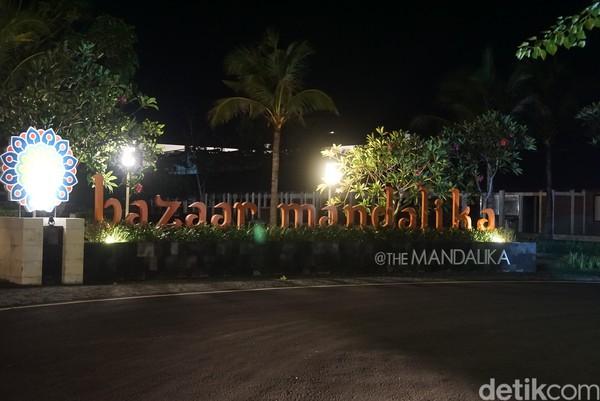 Perjalanan selanjutnya yakni memantau daerah Bazaar Mandalika. Di sini ada puluhan ruko yang baru selesai dibangun pada 2019.