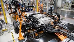 Kacau! Krisis Semikonduktor Bikin Industri Otomotif Rugi Rp 3 Kuadriliun