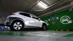 Dear Tesla Cs: Peminat Mobil Listrik Naik, Cuma Keberatan di Harga