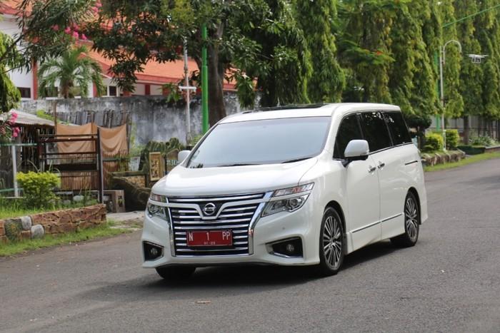 Mobil Dinas Wali Kota Probolinggo Bisa Dipinjam buat Nikahan