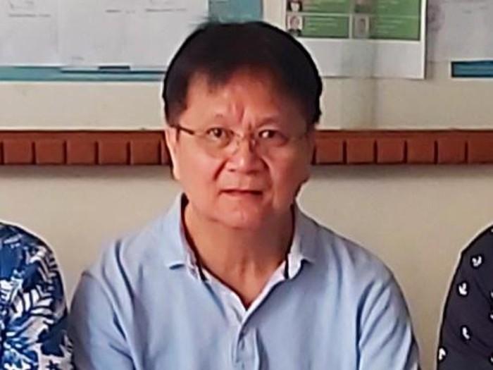 Warga Surabaya Adiyanto Wiranata (65) memenangkan gugatan 43 kg emas atau Rp 27 miliar terhadap PT Aneka Tambang (Antam) Persero Tbk. Lalu siapa Adiyanto?
