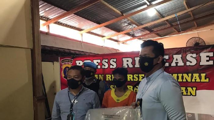 Satreskrim Polresta Balikpapan saat melakukan rilis kasus pencurian di Asrama Polisi.