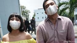 Ditanya Soal Nambah Momongan, Vanessa Angel: Pabriknya Masih Tutup