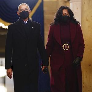 Michelle Obama Tampil Bold dengan Makeup Rihanna di Pelantikan Joe Biden