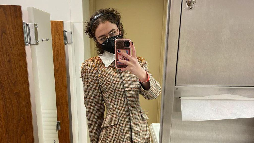 10 Foto Anak Tiri Kamala Harris yang Jadi Ikon Fashion di Pelantikan Presiden