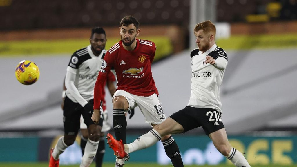 Fulham Vs Man United Sama Kuat 1-1 di Babak I