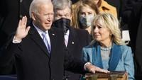 Joe Biden Disumpah dengan Alkitab Berumur Ratusan Tahun Milik Keluarga