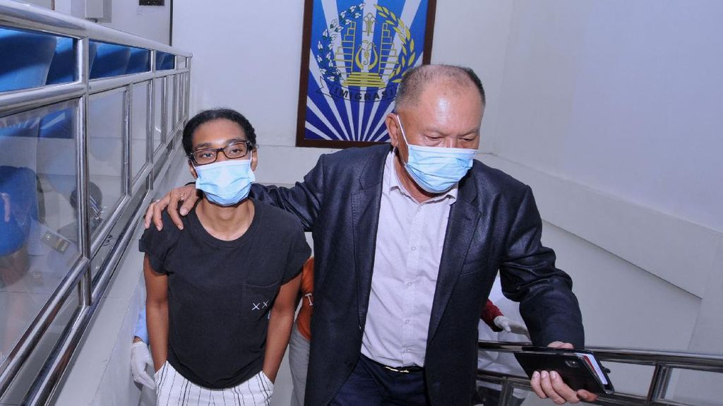 Dideportasi Usai Ajak WNA ke Bali, Kristen Gray Kini Ditangkal Masuk RI