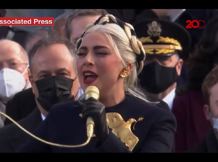 lady gaga tampil di pelantikan presiden as