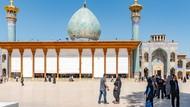 Ini Bukan Galeri Seni, Ini Masjid yang Indah di Iran
