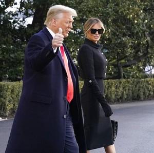 Gaya Terakhir Melania Trump Sebagai Ibu Negara, Masih Tak Pakai Masker