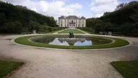 Paris Buka Taman Museum Rodin di Tengah Lockdown
