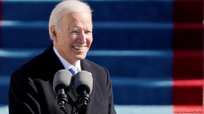 Resmi Dilantik, Joe Biden Serukan Persatuan dan Akhiri